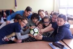 Darček a poďakovanie od Bielej pastelky pre študentov Gymnázia sv. Mikuláša v Prešove