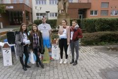 Študenti topoľčianskeho Gymnázia 17. novembra
